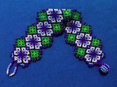 Huichol Bracelet Free Ship Flowers por ManoDeGato en Etsy