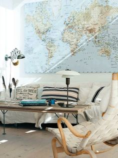 I would love to have a huge map like this either in the living room (decorated with things from places I've been) or in a private library/reading room.
