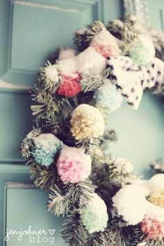 So cute! This gives me an idea!! Wrapping ping pong balls with yarn Nd hanging as ornaments!