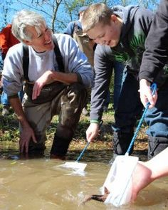 Sturgeon release at Tennessee Aquarium in Chattanooga