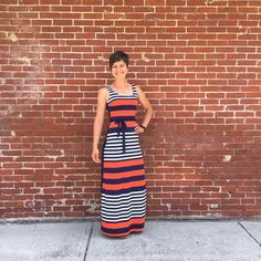 Striped perfection, you look amazing in this dress @burpees4bfast!