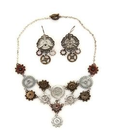 Wonderful multi Gear Necklace And Earring