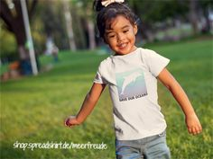 "KINDER T-SHIRT ""SAVE OUR OCEANS"" https://shop.spreadshirt.de/meerfreude/  #oceans #savetheocean #saveouroceans #makeourworldgreatagain #delfin #dolphin #shirt #shirts #streetstyle #streetwear #cool #urban #urbanwear #maritim #meer #beachstyle #surferstyle #casual #fashion #mode #kinder #kind #kindermode #kinderbekleidung #kids #kidsfashion #kidswear"
