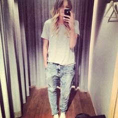 So casual but such a beauty. My newest fashion iconic.... Elle Ferguson from Theyallhateus.