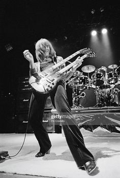 Neil Peart 1977 | Guitarist Alex Lifeson from Canadian progressive rock band…