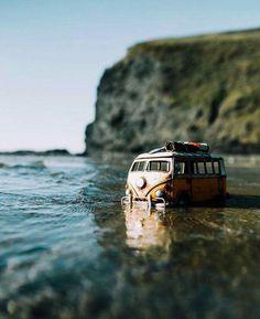 Bus Camper, Vw Volkswagen, Volkswagen Bus, Vw T1, Campers, Van Vw, Blue Bus, Combi Vw, Vintage Vans