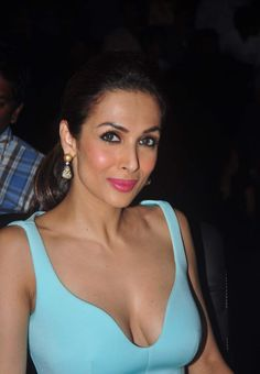 Malaika arora khan hot boobs