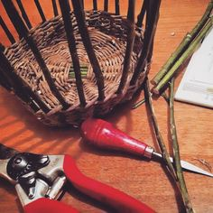 Nearly 2am and I'm still up weaving. How can I sleep when I just cracked the code for turning up English Holly? And after taking the basket apart several times already. I'm finally on a roll! Holly...