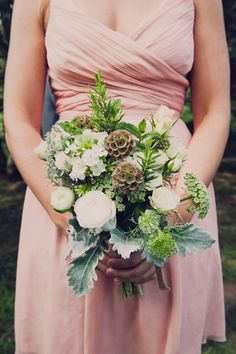 green and white bridesmaid's bouquet // photo by Khaki Bedford // view more: http://ruffledblog.com/khaki-bedford-jeff-susan-bl/