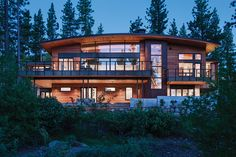 Martis camp home blends in yet stands out with a simple arc and martis camp home blends in yet stands out with a simple arc and geometric masses the steep contours of martis camp lot 517 called for a structure that was malvernweather Gallery