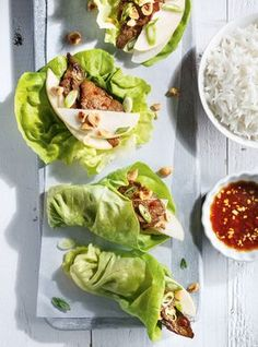 Ricardo& recipe: Beef and Pear Lettuce Wraps Pear Recipes, Lunch Recipes, Dinner Recipes, Healthy Recipes, Healthy Meals, Light Summer Meals, Beef Lettuce Wraps, Ricardo Recipe, Weekday Meals