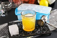As soon as the sun is shining, there isn't anything more than enjoyable along with a cocktail, company caught nine of our favorite gin cocktails to actually inspire a person. Best Gin Cocktails, Winter Cocktails, Sangria, Pint Glass, Glass Of Milk, Alcohol, Canning, Drinks, Tableware