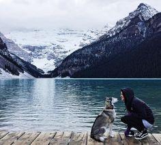 "Gefällt 88 Mal, 11 Kommentare - @marmich auf Instagram: ""🙌💙 #lakelouise #mountains #alberta  #explorealberta #canada #roadtrip #vanlife #vans #husky"""