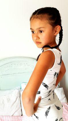 Jaeleigh showing a skirt & racerback shirt by Wazzhappening