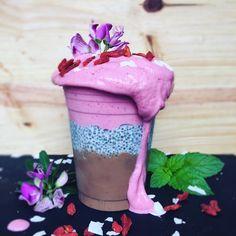 Triple layer chocolate avo mousse, chia pudding & strawberry cream smoothie. Chia Pudding, Strawberries And Cream, Mousse, Smoothies, Strawberry, Ice Cream, Chocolate, Desserts, Food