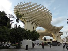 Metropol Parasol is a wooden structure located at La Encarnación square that is pretty much dead centre within the old city quarter. Seville Spain, Old City, Old Things, Sevilla, Sevilla Spain, Old Town