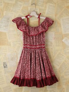 #vintage #cotton #dress. Would be cute w a pair of boots :)