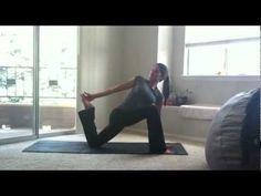 sarahbethyoga: Gentle Yoga for Hip Flexibility (12 minutes)...