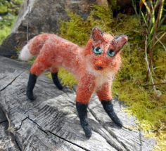 Made to order Needle felted Red Fox soft sculpture. Wild fox figurine. Woodland animal decoration