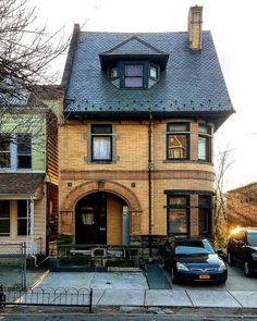 A #house in #St_George, #Staten_Island.