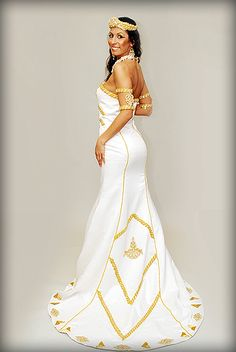 This gown is named after Queen Nefertiti of Ancient Egypt This