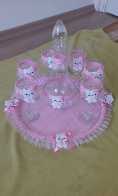 Facebook Baby Table, Baby Shawer, Arts And Crafts, Diy Crafts, Baby Party, Gift Packaging, Baby Shower Themes, Party Favors, Wedding Gifts