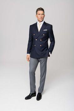 Dress Suits For Men, Suit And Tie, Men Dress, Gentleman Mode, Gentleman Style, Mens Fashion Suits, Mens Suits, Double Breasted Blazer, Men Formal