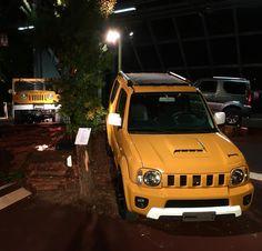 """""""Mi piace"""": 137, commenti: 1 - Suzuki Italia (@suzuki_italia) su Instagram: """"Ha inizio il #4x4Fest, ha inizio la #SuzukiExperience! #JimnyShinsei #Jimny"""" Jimny Sierra, Jimny Suzuki, Samurai, 4x4, Cars, Instagram Posts, Italia, Autos, Car"""