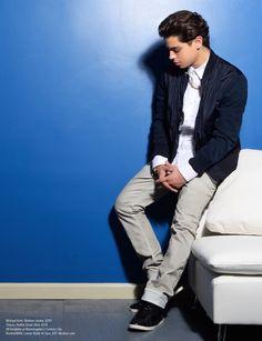 """Jake T. Austin no ensaio para a edição de junho de 2014 da revista """"Regard"""""""