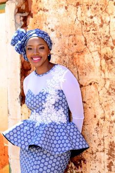 Ladies In Beautifully Designed Shweshwe Dresses For 2020 - Styles Art Pedi Traditional Attire, Traditional Fashion, Traditional Outfits, African Wear, African Women, African Dress, African Traditional Dresses, Traditional Wedding Dresses, African Print Fashion