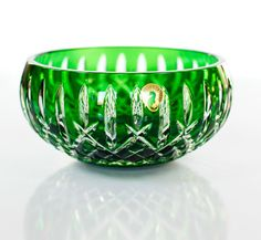 "WATERFORD CRYSTAL ARAGLIN 7"" EMERALD GREEN BOWL Crystal Glassware, Waterford Crystal, Cut Glass, Glass Art, Green Bowl, Vaseline Glass, Crackle Glass, Crystal Palace, Antique Glass"