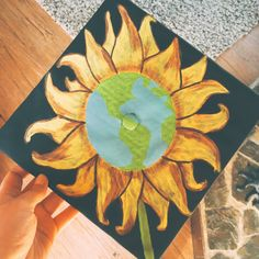 the guidon online : 19 creative ways to decorate your graduation cap