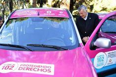 """Hoy en el marco del Plan de Políticas Sociales, entregué movilidades al """"Programa de Fortalecimiento del 102"""". Con este plan profundizamos y ratificamos una política nacional adaptada en la Provincia de San Juan."""