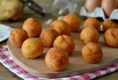 Polpette di Patate Link ricetta --> http://blog.giallozafferano.it/dolcesalatomiky/2016/07/06/polpette-di-patate/