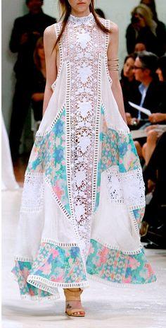Looks like Pakistani Fashion ! Looks like Pakistani Fashion ! Indian Fashion, Boho Fashion, Womens Fashion, Fashion Design, Fashion Moda, Beach Fashion, Trendy Fashion, Fashion Dresses, White Fashion