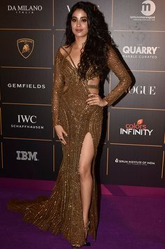 Bollywood Turned Up In Its Fashionable Best For The Vogue Women Of The Year Awards 2018 Indian Actress Hot Pics, Indian Bollywood Actress, Beautiful Bollywood Actress, Beautiful Indian Actress, Bollywood Outfits, Bollywood Fashion, Indian Celebrities, Bollywood Celebrities, Pakistani Dresses Casual