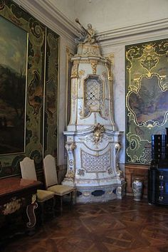 Category:Tiled stoves in Austria Vintage Stoves, Antique Stove, Stove Fireplace, Light My Fire, Rococo Style, Hearth, Austria, Piece, Sissi
