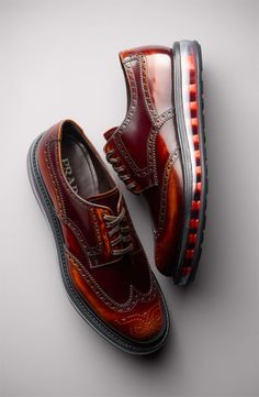 PRADA Levitate Wingtips - Epic shoes from Prada. Wingtip sneakers make the Cole… Me Too Shoes, Men's Shoes, Shoe Boots, Dress Shoes, Prada Shoes, Nike Shoes, Shoes Men, Old School Style, Fashion Shoes