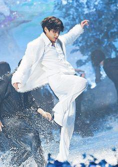 Daegu, Bts Bangtan Boy, Bts Boys, Jimin Jungkook, Bts K Pop, Bts 2013, Theme Bts, V Bts Wallpaper, Billboard Music Awards