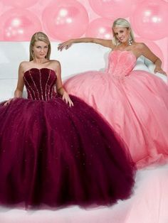 My Sister and I NEED these dresses!!  They would look great in our family pictures next year!!
