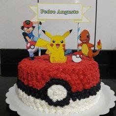 Bolo Fake Pokemon, Bolo Pikachu, Pikachu Cake, Pokemon Cupcakes, Pokemon Birthday Cake, Festa Pokemon Go, Pokemon Party, 6th Birthday Parties, 8th Birthday