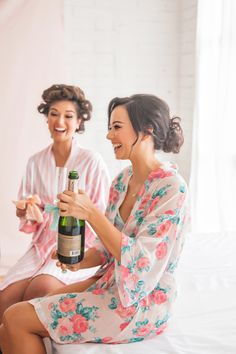10 things to do with your bridesmaids! http://www.stylemepretty.com/2014/08/05/10-things-to-do-with-your-bridesmaids/ | Photography: http://www.jetaimebeauty.com/