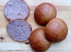 Recipe of low FODMAP glutenfree lactosefree brown buns. Make up a batch, put in the freezer and you will always have bread! Oatmeal Flour, Brown Bread, Low Fodmap, Buckwheat, Dry Yeast, Baking, Vegetables, Recipes, Buns