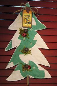 Primitive Hanging CHRISTMAS Tree Decoration ~ ANTIQUE Drunkard's Path QUILT