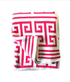 pink & White throw! :: New arrivals from Design Darling