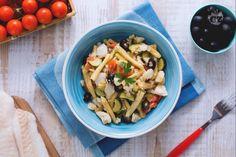 Caserecce al sugo di merluzzo, zucchine e olive nere
