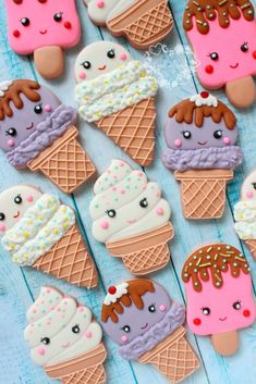 Ice cream cone Kawaii decorated sugar cookies for birthday party. - renate link - Ice cream cone Kawaii decorated sugar cookies for birthday party. Ice cream cone Kawaii decorated sugar cookies for birthday party. Cookies Cupcake, Kawaii Cookies, Fancy Cookies, Cookie Icing, Iced Cookies, Cute Cookies, Royal Icing Cookies, Birthday Cookies, Cupcake Cakes