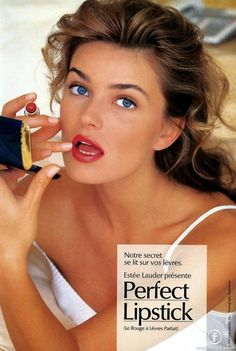 Feliz vintage: Paulina Porizkova for Estee Lauder Paulina Porizkova, Christy Turlington, Maybelline, Makeup Ads, Original Supermodels, Perfect Lipstick, Beauty Ad, Real Model, Linda Evangelista