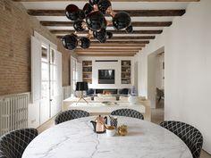 #Wohnzimmer Designs Dieses Apartment Bringt Modernen Stil In Das  Mittelalterliche Barcelona #Germany #Textile