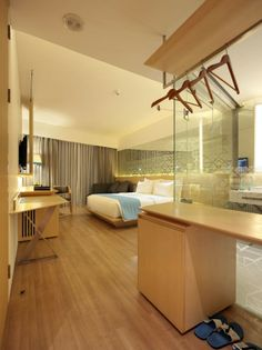 IZE HOTEL / Studio TonTon